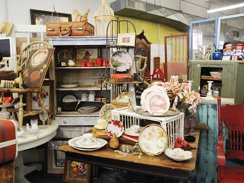 Great Antiquing Towns